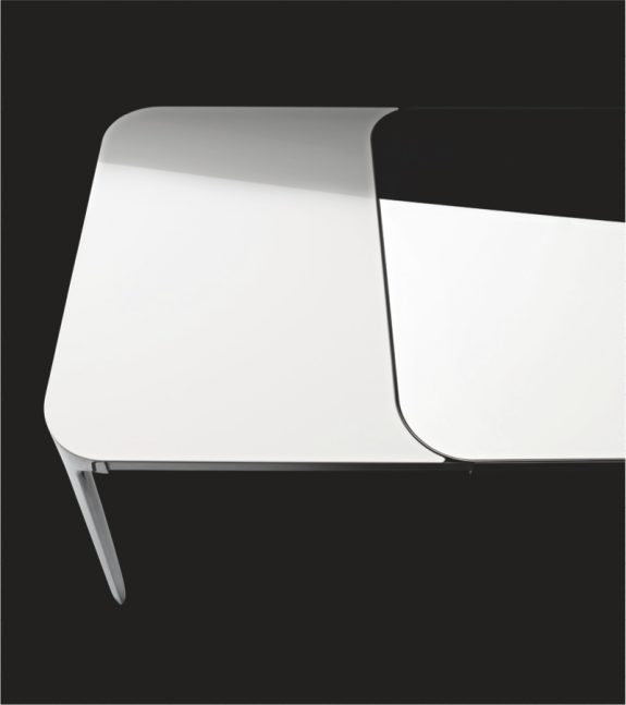 Magis vanity table extensible stefano giovannoni owo for Table extensible 80