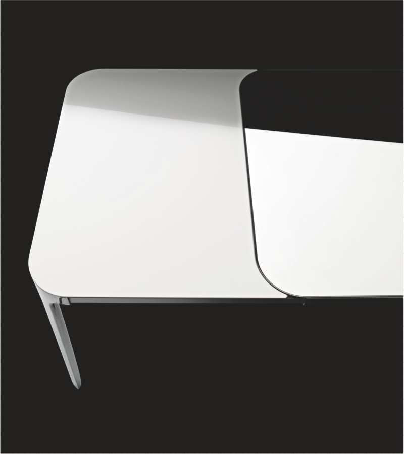Magis vanity table extensible stefano giovannoni owo for Table sejour design extensible