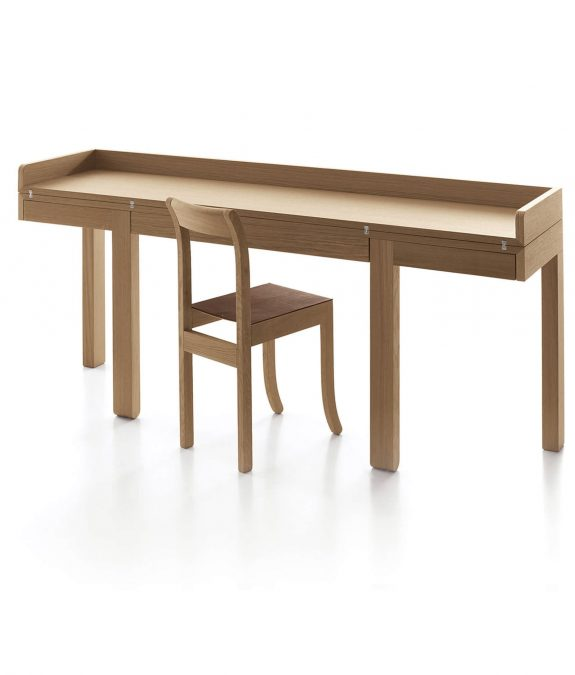 tom consolle sebastian bergne with chair